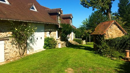 Traditional 4-bed farmhouse in Haute-Vienne for sale with Limousin Property Agents