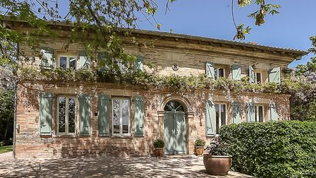 We could happily live in this farmhouse in Haute-Garonne