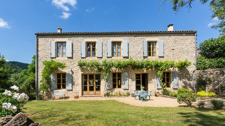 A successful renovation project in France lead by Trevor Morris