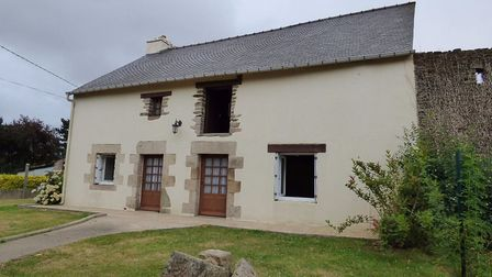 Large Breton house near Josselin for sale for 87,330 with Affordable France