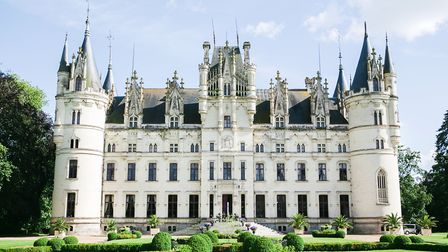 Château de Challain is owned by American couple Cunthia and Keith Nicholson who run it a luxury wedd