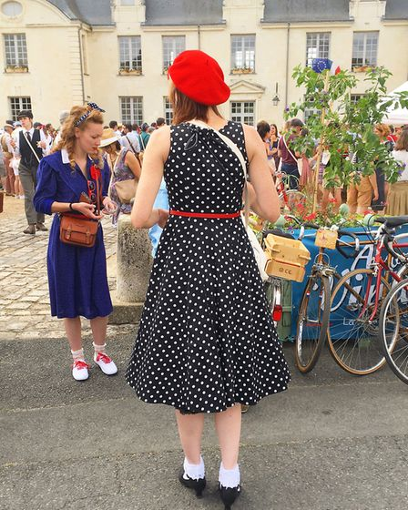 Vintage clothes are a must at the Anjou Velo Vintage © France Magazine