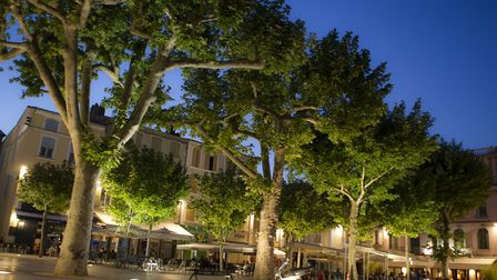 Walk around the historic town of Valence in Drôme ©Lionel Pascale/Drôme Tourisme