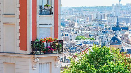Find out what is like to live in Paris in the Living France October issue (c) travnikovstudio/GettyI