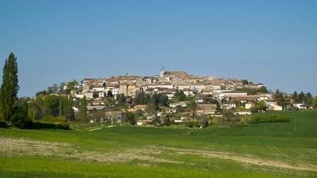 The nearby village of Monflanquin (c) ChrisAt / Getty Images