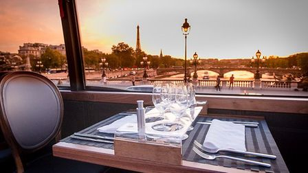 Bustronome offers a great tour of Paris while you eat a meal. Pic: Bustronome/Julian Osty/Wikimedia