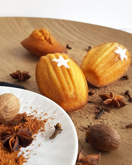 These gingerbread madeleines are a must for the sweet-toothed
