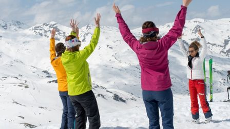 Ski Qi Gong is part of the My Serenity programme in Val Thorens image T.Loubere OT Val Thorens