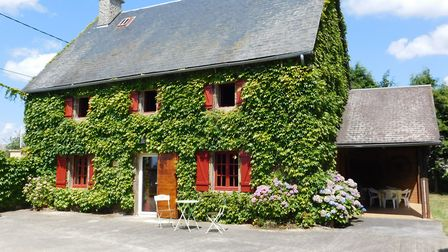 A lovely home in a peaceful hamlet in Corrèze