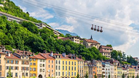 Cable cars above Grenoble (c) Leonid Andronov/Getty Images