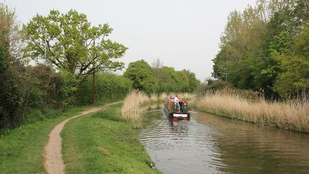 The Droitwich Barge Canal on the outskirts of Droitwich (photo: Martin Ludgate)