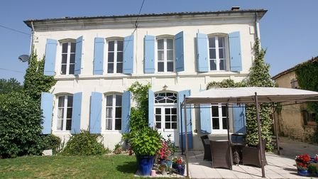 Village house for sale in Charente-Maritime with Leggett