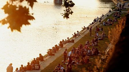 People gathering on the banks of the River Garonne in Toulouse (c) Chris Bockman