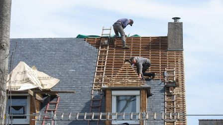 Hiring a reliable builder (c) BZH22 Getty Images