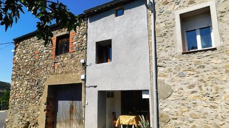 House for sale in St-Arnac with Artax