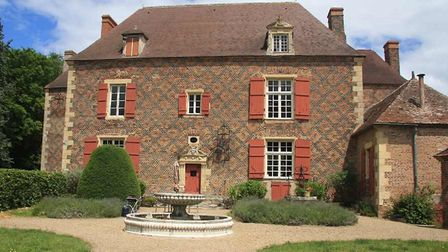 Château for sale in Allier with Sifex