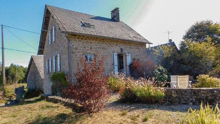 Correze cottage for sale with La Residence