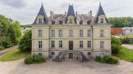 Discover fairytale chateaux on the market in the Loire Valley, on page 42