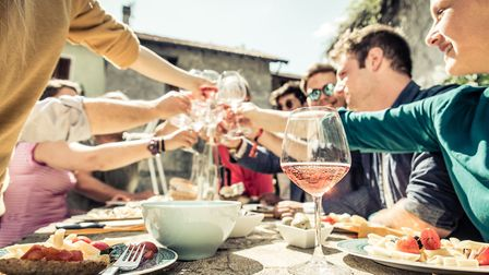 Do you know the rules for a toast in France (c) oneinchpunch / Thinkstockphoto