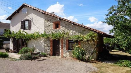 This sweet cottage in Vienne is now 90000 euros - Beaux Villages Immobilier