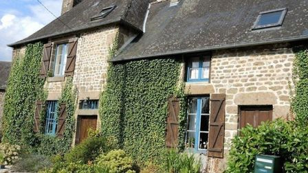 Property for sale in Mayenne with La Residence