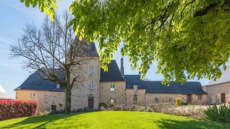 Property in Dordogne for sale with Agence Eleonor