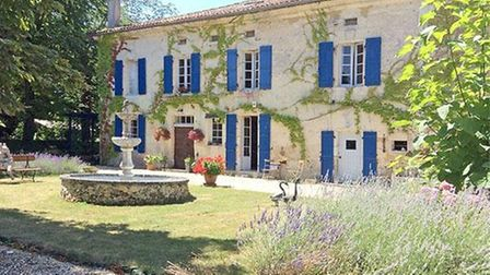 Property in Dordogne on the market with Allez-Francais