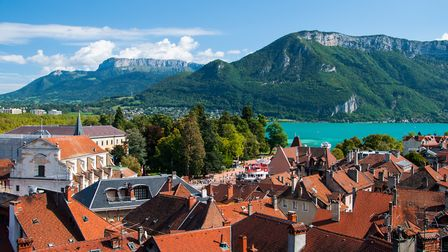 Find out why Annecy has been named the best place to live in France (c) RayaHristova / Getty Images