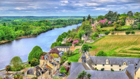 The Vienne glides past the remarkable town of Chinon (c) Leonid Andronov / Getty Images