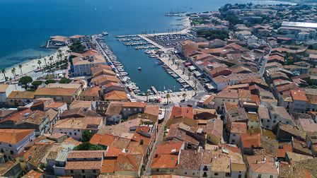 Aerial view of boats and yachts in the marina in Mèze (c) JaySi/Getty Images
