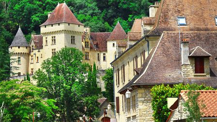 There are some key differences between estate agents in France and the UK (c)Freeartist/ Getty Image