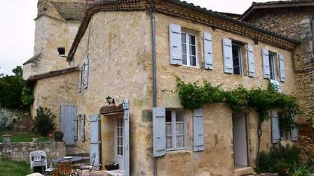 Property in Lavardens on the market with Compass Immobilier
