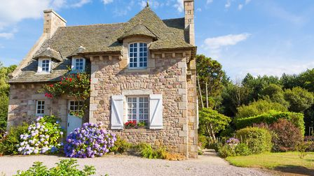 Sign up now for the French Property Exhibition webinar! (c)fotoedu/Getty Images/iStockphoto