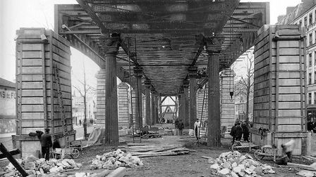 The construction of the Chevaleret Metro station in1903. Pic: Wikimedia Commons