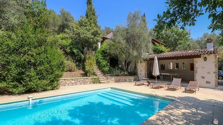 Var Villa with views on sale with Leggett Immobilier