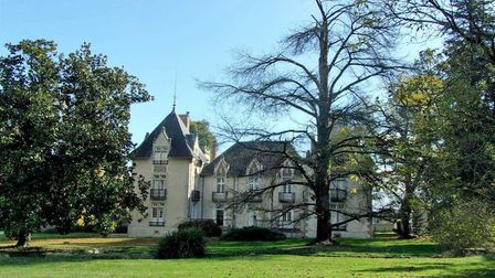 Property in Dordogne on the market with Beaux Villages