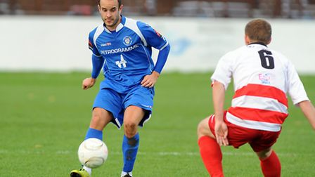 A late goal from striker Chris Henderson rescued a point for Lowestoft ar Harrow Borough. Picture: