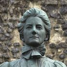 THE MEMORIAL TO EDITH CAVELL IN TOMBLAND.