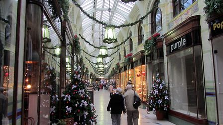 Norwich arcade is looking very Chrismassy