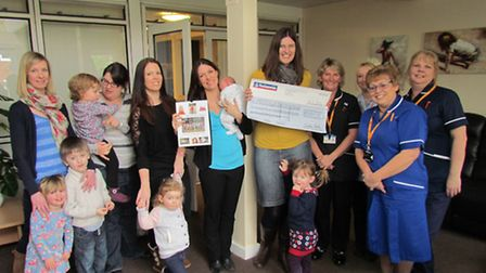 New Mums Without Mums members donate to nurses at Priscilla Bacon Centre