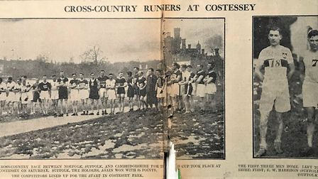 The start of the 1933 Triangular Inter Counties cross country championships between Norfolk, Suffolk