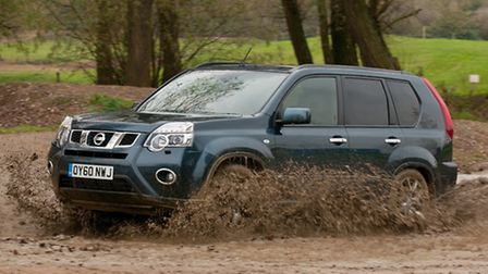 Large family Nissan X-Trail 4x4 offers on-road refinement, plenty of kit and a acceptable off-road p