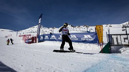 Kyle Wise leading in the final of the British Snowboardcorss Championships in Tignes. Picture: Lauri