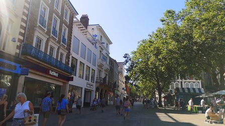 Norwich City Centre in the August heat saw a lower footfall recovery than Ipswich Picture: BRITTANY WOODMAN