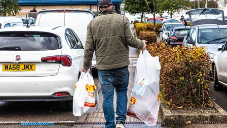 Shoppers flocked to Smyths at the Anglia Retail Park to stock upon Christmas gifts ahead of the second lockdown. Picture:...