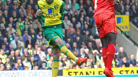 Ricky van Wolfswinkel heads for goal during the game against Liverpool. Picture: PAUL CHESTERTON/FO