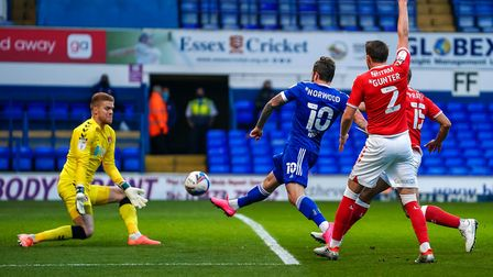 James Norwood sent the ball over the bar with this first half shot.Picture: Steve Wallerwww.stephenwaller.com