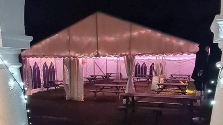 The Golden Hind's outdoor heated marquee is partially-opened on the sides, meaning it complies with Tier 2 guidelines...