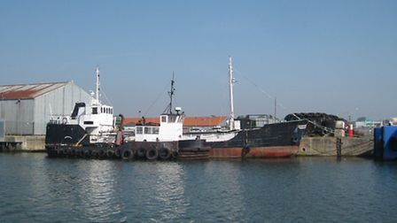 the Cien Porciento with the tug Planter laid alongside her at Lowestoft last year