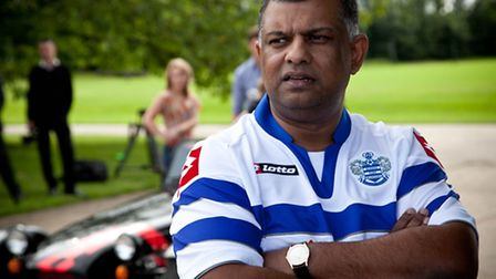 QPR and Caterham owner Tony Fernandes has sold his Formula One team to a consortium of investors.